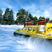 adrenaline-tip-tocht-met-een-hovercraft-in-zweden