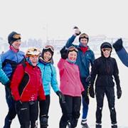 fika-toerschaatsers