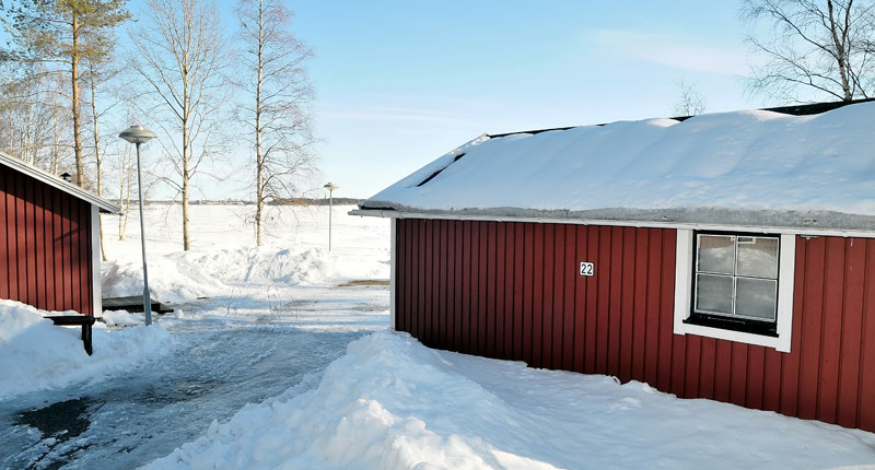 First-Camp-Schaatsen-Lulea-cabins