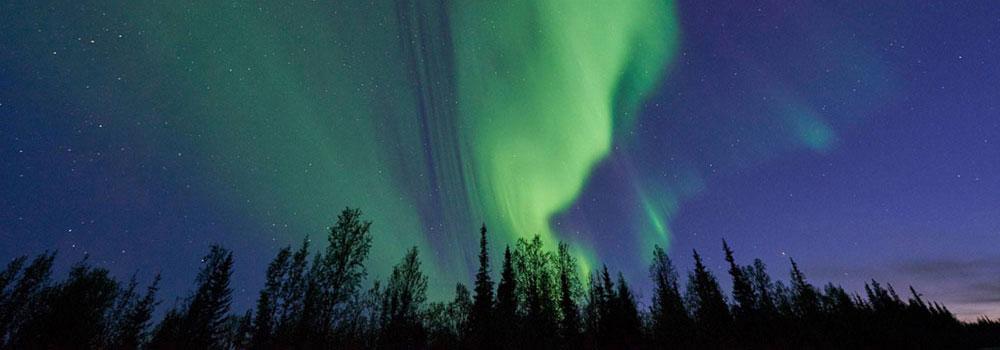 Northern-lights-swedish-lapland-l