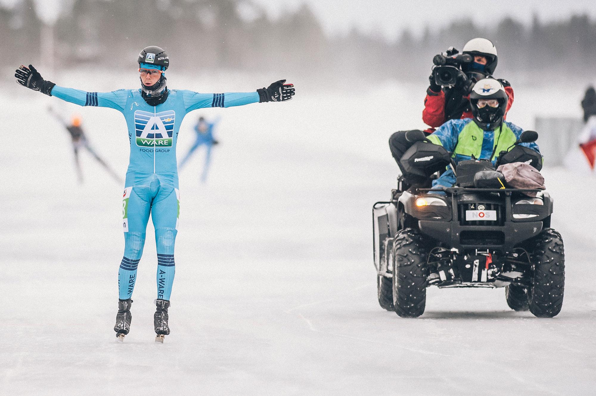 Simon-Schouten-stop-met-schaatsen-vincent-riemersma